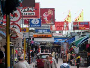 Street Markets dan Night Markets Populer di Hong Kong : Stanley Market