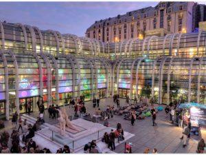 Tempat Belanja Terbaik di Paris : Forum Les Halles