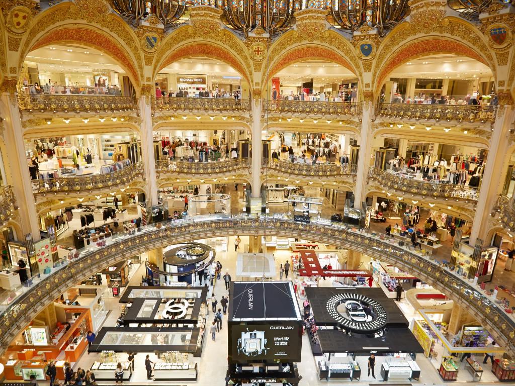 Tempat Belanja Terbaik di Paris : Galeries Lafayette