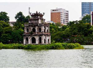 Wisata di Hanoi, Vietnam : Hoan Kiem LakeWisata di Hanoi, Vietnam : Hoan Kiem Lake